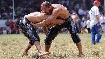 Son dakika! 660. Tarihi Kırkpınar Yağlı Güreşleri'nde finalistler belli oldu