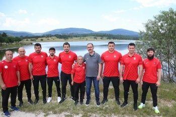 Spor Bakanı Dr. Mehmet Muharrem Kasapoğlu dünyayı Erzurum'a çağırdı