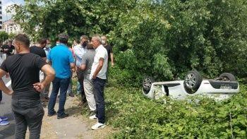 Sürücü adayının kullandığı araç takla attı
