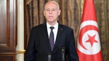 Tunus'ta gergin bekleyiş: Darbeyi savundu