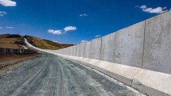 Türkiye harekete geçti! Sınıra 295 kilometre duvar