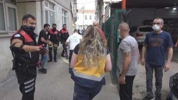 Sinop'ta yabancı uyruklu koca eşini bıçaklayarak öldürdü