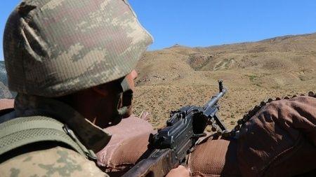 Pençe-Yıldırım operasyonunda 2 PKK'lı terörist öldürüldü