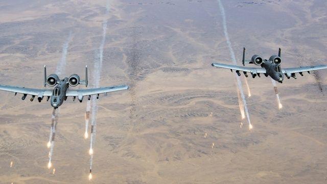 ABD uçakları Afganistan'da Taliban'ı bombaladı