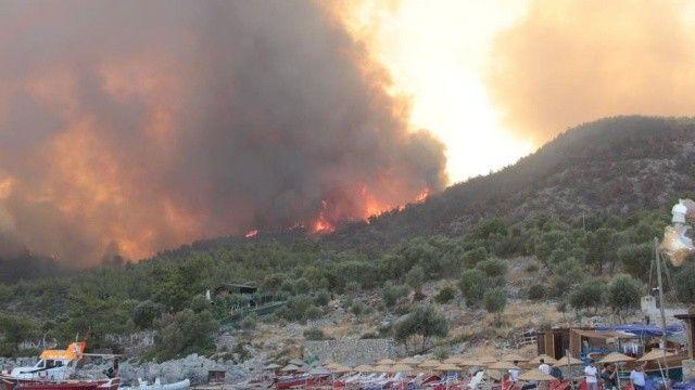 Yangın bölgelerinde son durum: Muğla, Antalya, Aydın, Isparta ve Denizli'de 12 farklı nokta