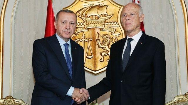 Cumhurbaşkanı Erdoğan, telefonda Tunus Cumhurbaşkanı ile görüştü