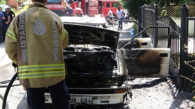 Pendik'te korkutan kaza: Alev alan araçtan canını zor kurtardı