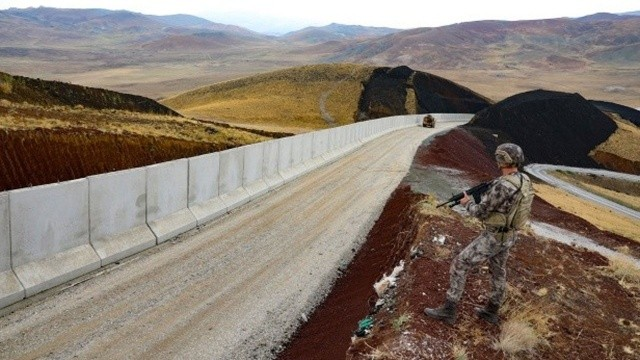 Sınırlarda 'tam güvenlik stratejisi'