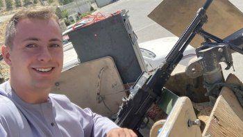 'Dünyanın en kötü yerlerini' keşfeden İngiliz öğrenci Afganistan'da sıkışıp kaldı