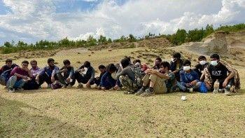Afgan göçü dalgasında ilginç iddia: 'Çip'leri çıkarıp Türkiye'ye gönderiyorlar