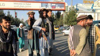 Afganistan'da son durum: Kabil Havalimanı'nda 7 kişi öldü