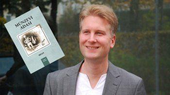 Alman müzisyenden Türkçe bir roman: Münzevi Adası