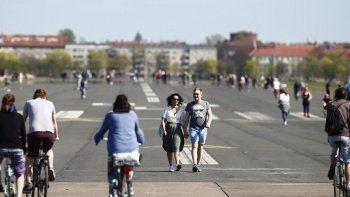 Almanya '400 bin' göçmene kapılarını açacak