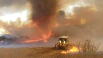 Amerika'daki orman yangınında dev alev hortumu oluştu