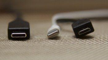 Apple zararlı çıkacak: AB'de şarj aletleri standart oluyor