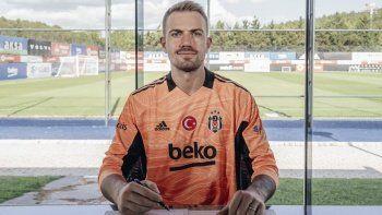 Beşiktaş, Mert Günok transferini açıkladı!