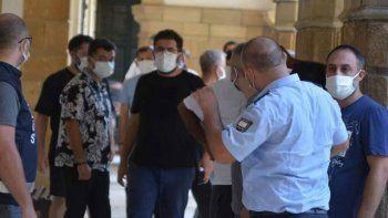 Bülent Ersoy'un ekibi sahte PCR testleriyle KKTC'ye konsere gitti yakalandı