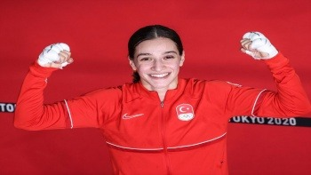 Buse Naz Çakıroğlu boks final maçı ne zaman?