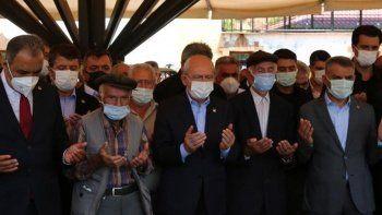 CHP Genel Başkanı Kılıçdaroğlu'nun acı günü: Teyzesi son yolculuğuna uğurlandı
