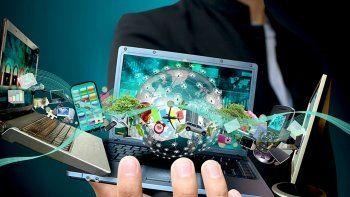 Dijital trafik baş döndürüyor: Dakikada 69 milyon mesaj 197 milyon e-Posta atılıyor
