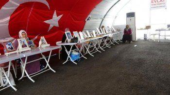 Evlat nöbetindeki babadan HDP'ye sert tepki: Kürt'ü hiçbir zaman savunmadın
