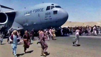 Fransız gazeteci duyurdu: Eski Afgan çalışanların tahliyesin için irtibata bile geçilmedi