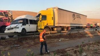 Gaziantep'te katliam gibi kaza: 3 ölü, 16 yaralı