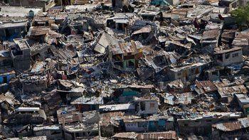 Haiti'deki depremde ölü sayısı bini aştı yüz binlerce kişi evsiz kaldı
