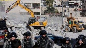 İşgalci İsrail Batı Şeria'da 3 evi yıktı bir Filistinli gözaltında