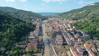 Karadeniz'de sele karşı çözüm: Riskli binalar yıkılacak, sel bölgeleri taşınacak