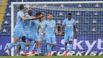 Kayserispor, Medipol Başakşehir'i tek golle geçti