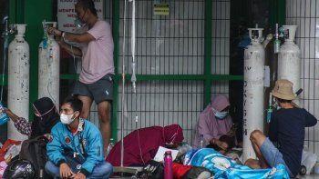 Koronavirüs hastası binlerce kişi hastaneye yetişemeden evde öldü