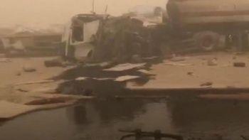 Kum fırtınasında 20 araç birbirine girdi: 2 ölü 14 yaralı