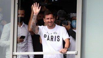 Lionel Messi, PSG için Paris'te!