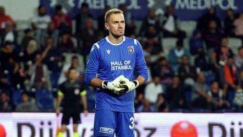 Mert Günok Beşiktaş'ta: 3 yıllık imzayı attı