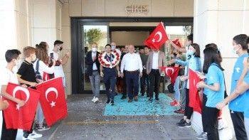 Olimpiyat ikincisi Eray Şamdan havaalanında karşılandı