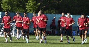 Premier Lig'de koronavirüs önlemi: Milli futbolculara 'kırmızı liste' engeli