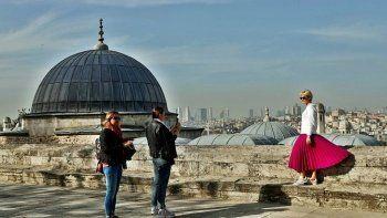 Rus turistin seyahat planı: Yazın Antalya, sonbaharda İstanbul!