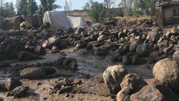 Sel suları evini basınca kalp krizi geçiren kadın kurtarılamadı