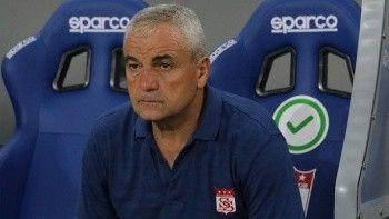 """Sivasspor Teknik Direktörü Rıza Çalımbay: """"Ülkemize armağan olsun"""""""