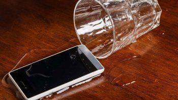 Sıvıyla temas eden telefonu kurtarmanın yolları