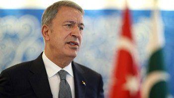Son dakika... Bakan Akar: Mehmetçiği tehlikeye atmak söz konusu olamaz