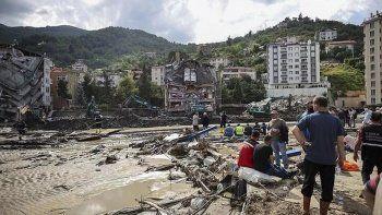 Son dakika! Batı Karadeniz'de sel felaketi: Kastamonu, Sinop ve Bartın'da bilanço ağırlaşıyor