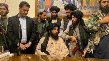 Taliban'dan uluslararası çağrı: Bizimle masaya otursunlar
