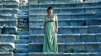 Teos'ta Tragedya, Medea ile devam ediyor