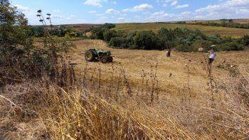 Traktör kazası geçirdi cesedi 15 saat sonra bulundu
