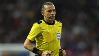 UEFA'dan Cüneyt Çakır'a görev