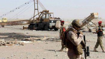 Yemen'de askeri üsse saldırı: 30 ölü 60 yaralı