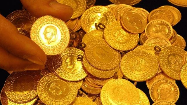 27 Eylül çeyrek altın kaç TL? Altın fiyatı rekor kıran doları takip ediyor!
