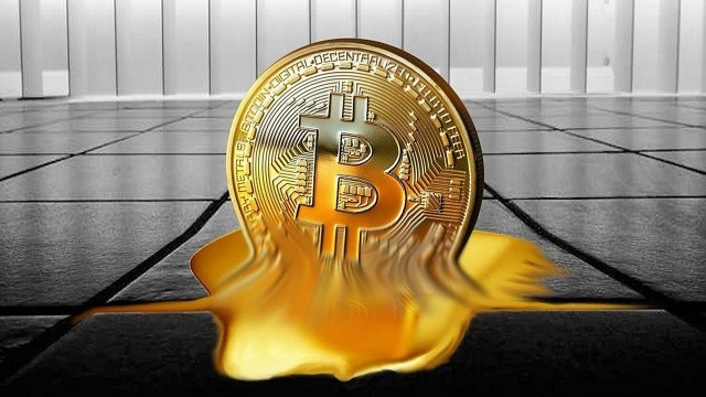 ABD kripto para piyasasını alt üst etti: Bitcoin 2 haftada 10 bin dolar eridi